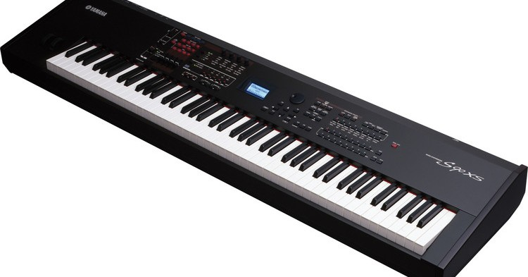 Yamaha S90 ES Review
