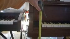 piano keyboard height