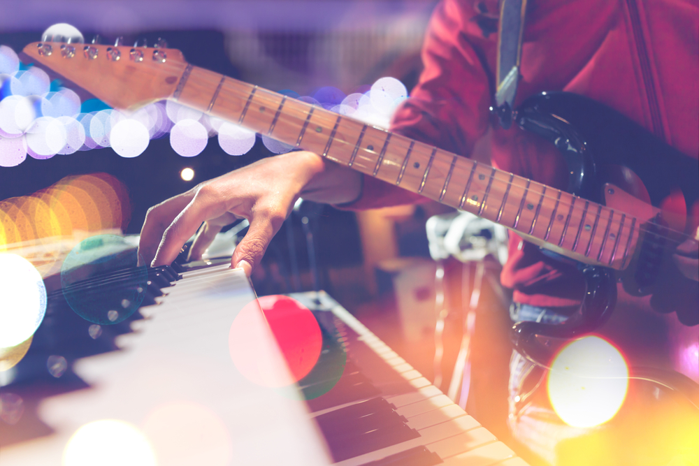 Guitar vs Piano: Which One is Better to Learn?