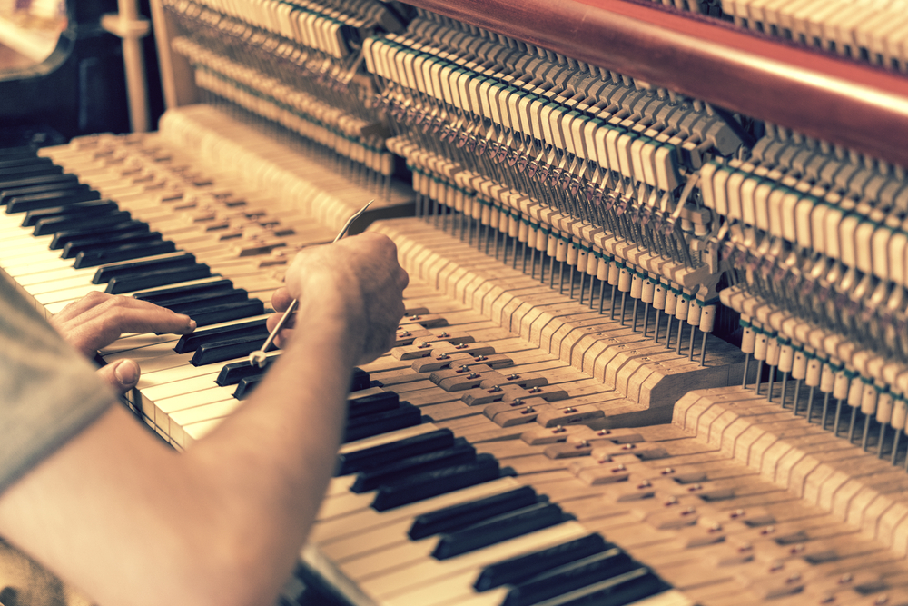 How To Tune a Piano: The Only Guide You Need - Piano ...