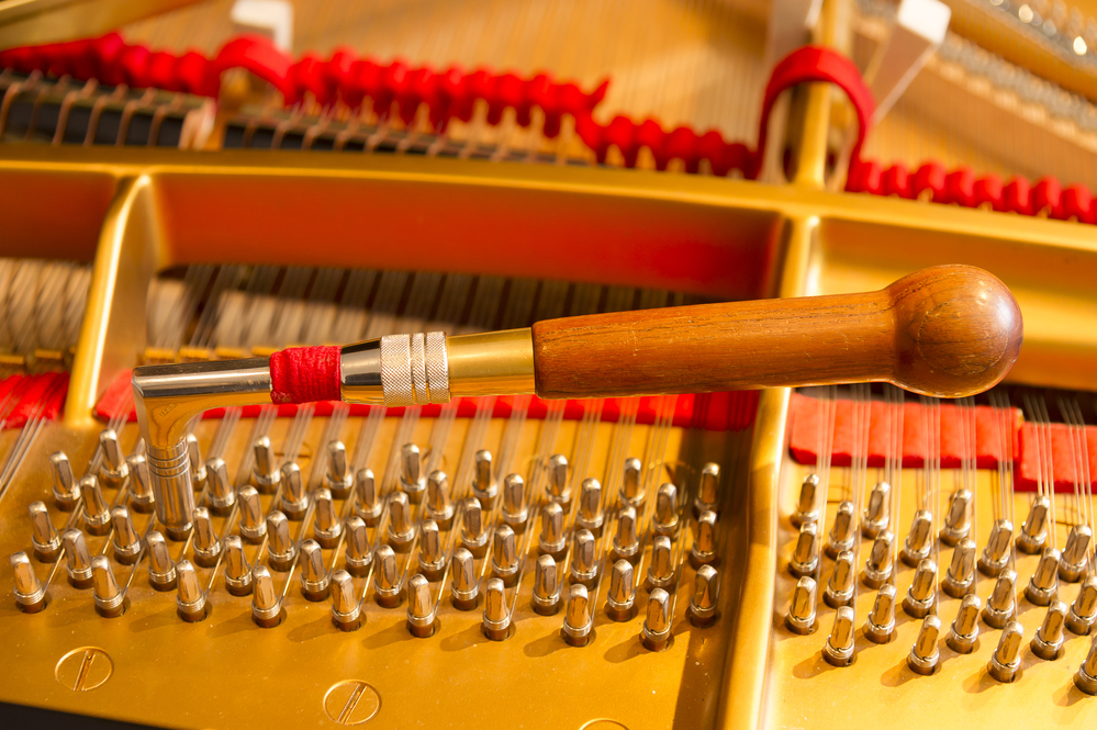How Much Does It Cost To Tune A Piano? Average Costs ...